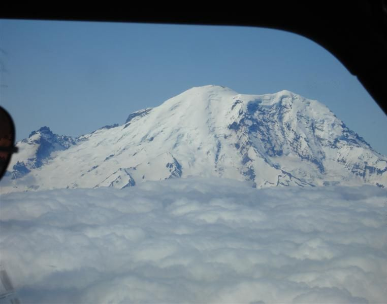 Mnt Rainier (Medium).jpg