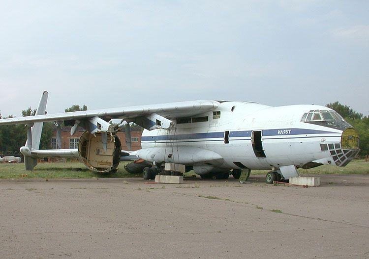 Il-76T_RA-76788_06.jpg