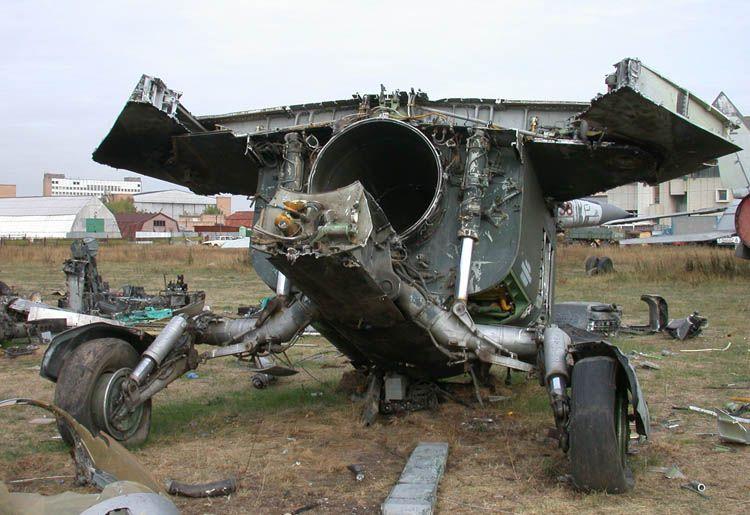MiG-27_02_02.jpg