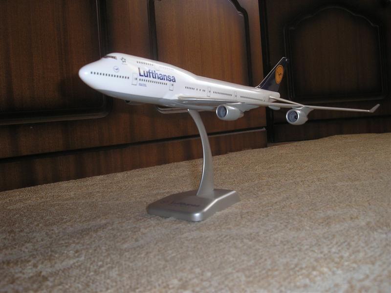 747 1 (Medium).JPG
