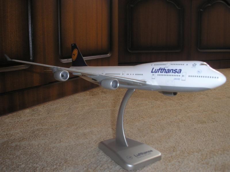 747-2 (Medium).JPG