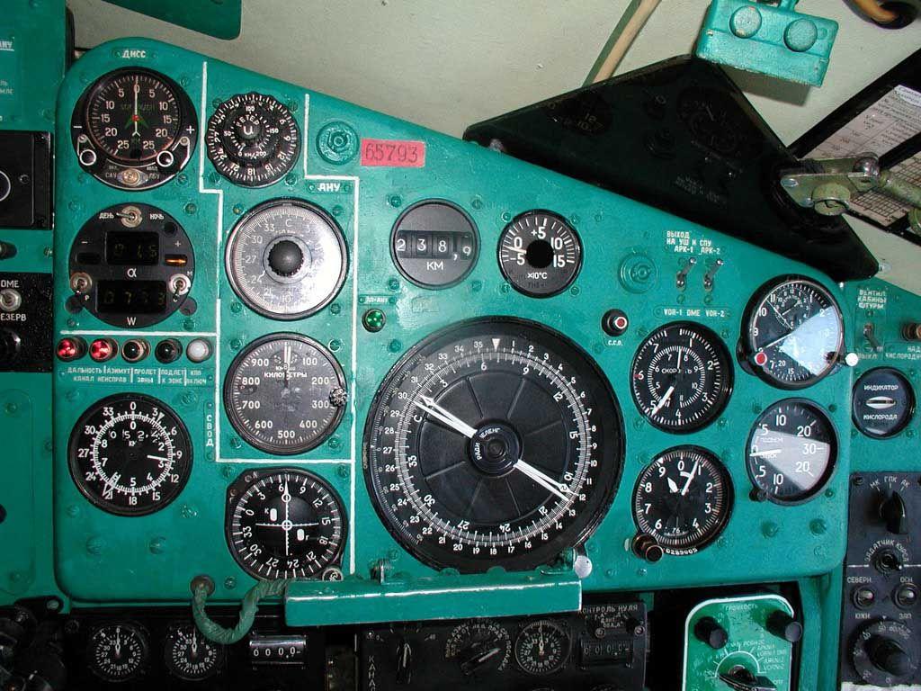 Tu134_012.jpg