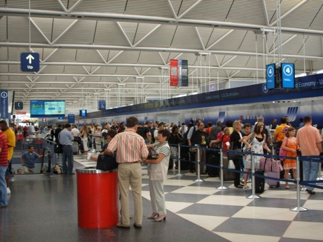 ORD T1 general United check-in.jpg