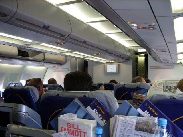 LH Business Class 4_A340.jpg