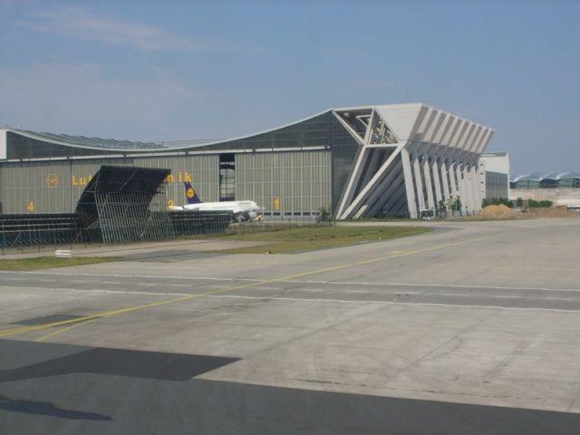 FRA - Lufthansa Technik_1.jpg