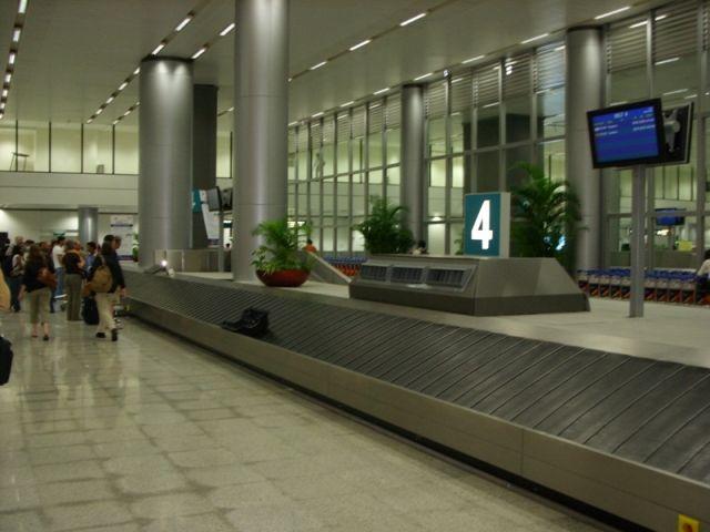 HYD - baggage claim.jpg