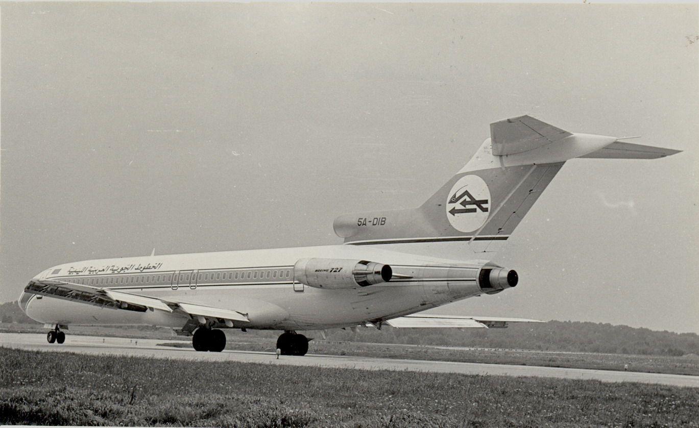 5A-DIB B727 Libyan Arab AL (1990, SVO).jpg