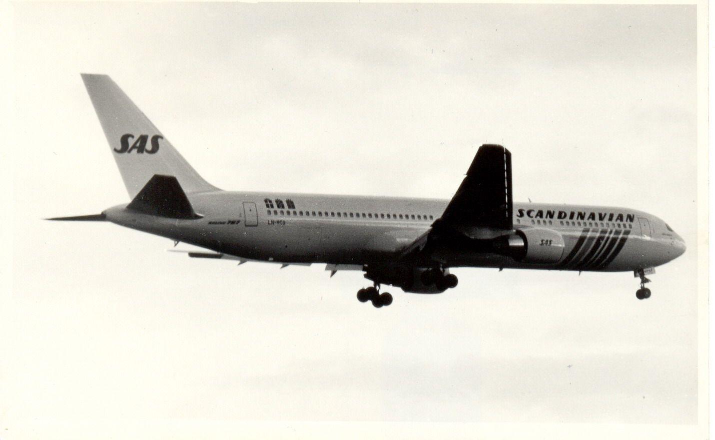 LN-RCD B767 SAS (1990, SVO).jpg