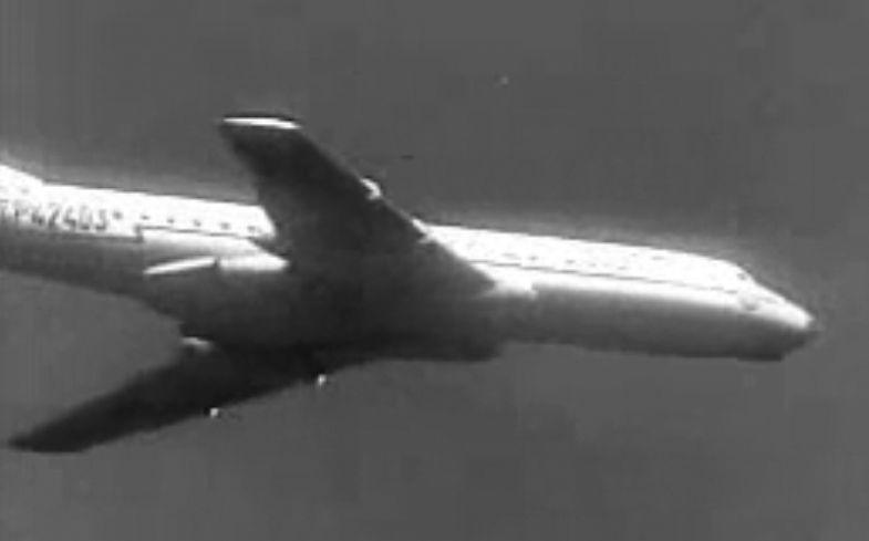 Tu-104_42403_5.jpg