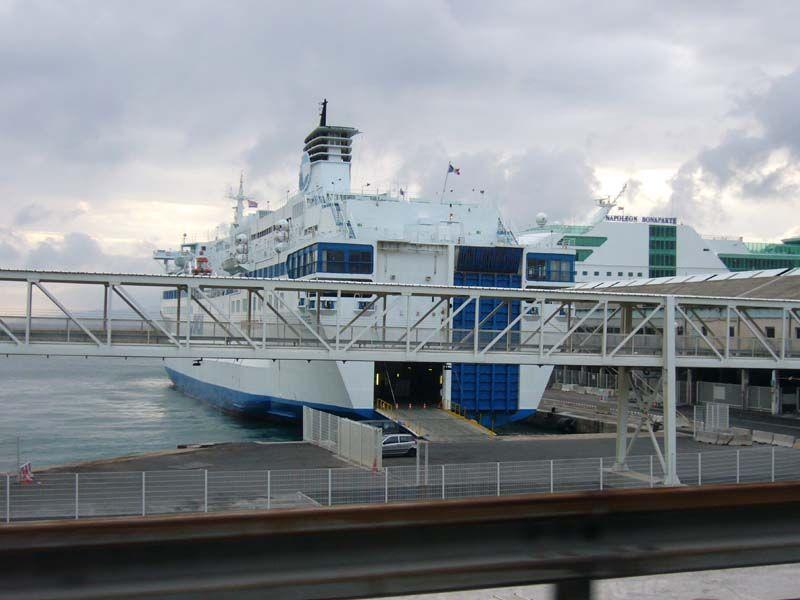 gare maritime Marseille.jpg
