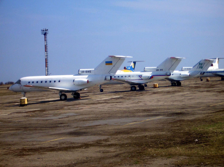 Як-40_2.jpg
