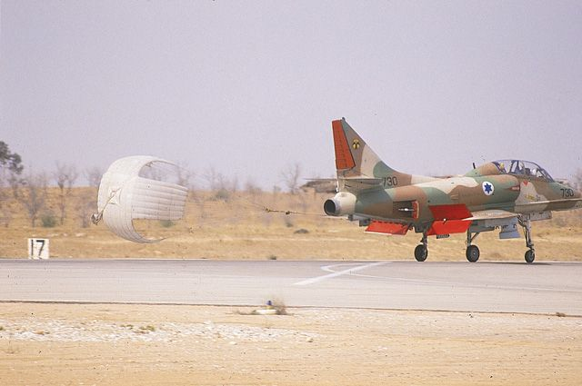 skyhawk002.jpg