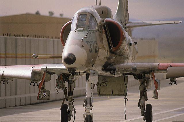skyhawk004.jpg