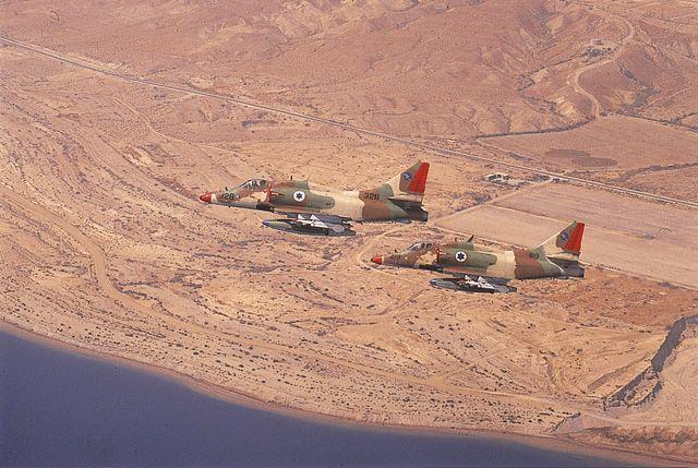 skyhawk006.jpg