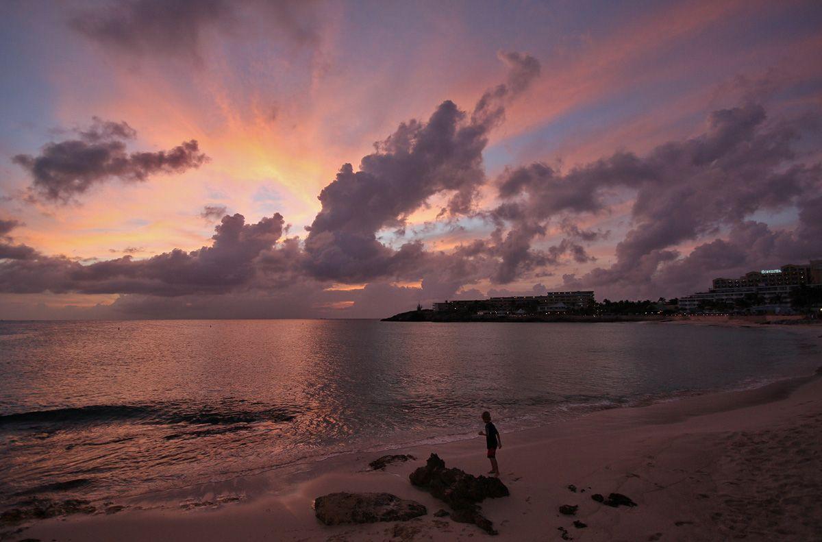 SXM-z-sunset-2.jpg