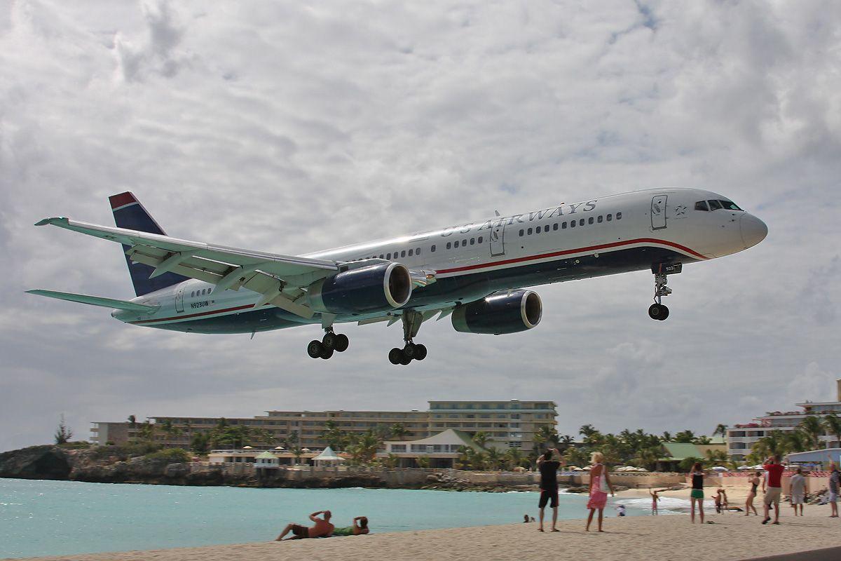 SXM-B757-USair-N923UW-appr-2904.jpg