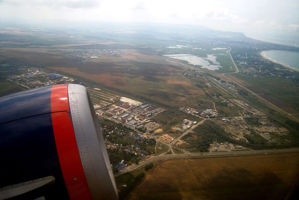 090714-aaq-bre-wingview-2.jpg