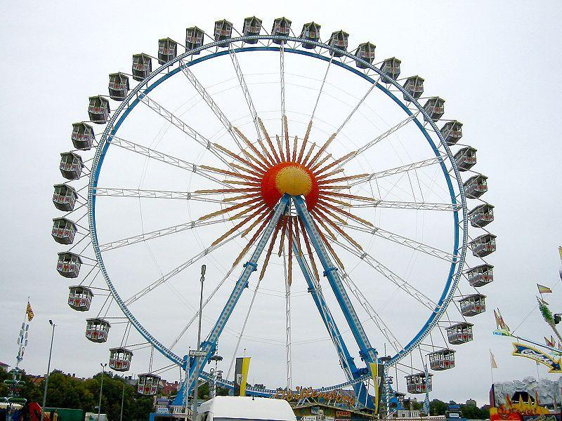800px-Oktoberfest_2005_-_Riesenrad.jpg