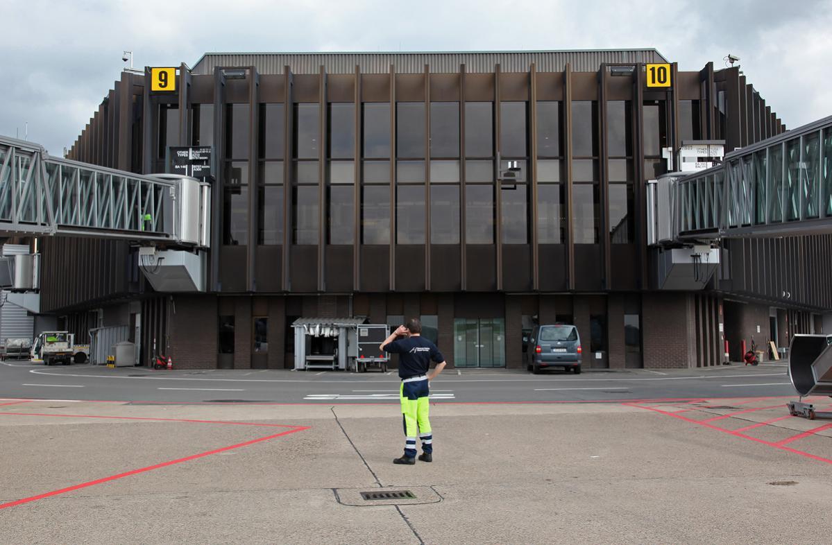 HAJ-terminal-gates9-10-rasputie.jpg