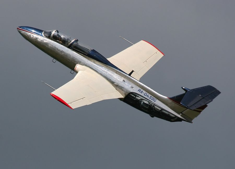 Aero L-29_RA-0439G_02.JPG