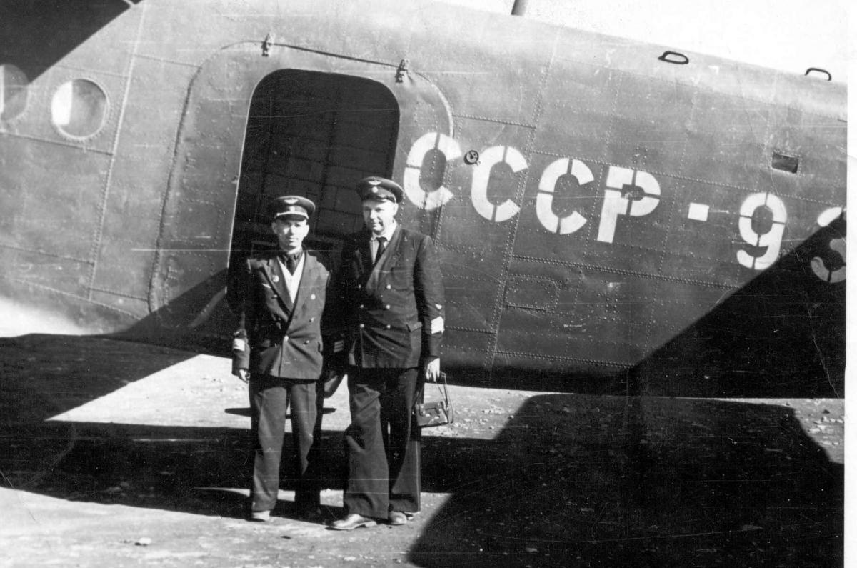 Музей , Литвинов В.В.-ЗКАЭ и Гончаров В.М., Хлкт.1959г..jpg