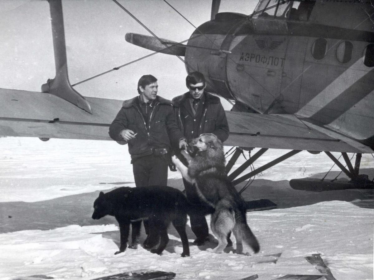 Силявин А.В. Батищев Н.Г. , Ан-2 , март 1973г.р.Кутина.jpg