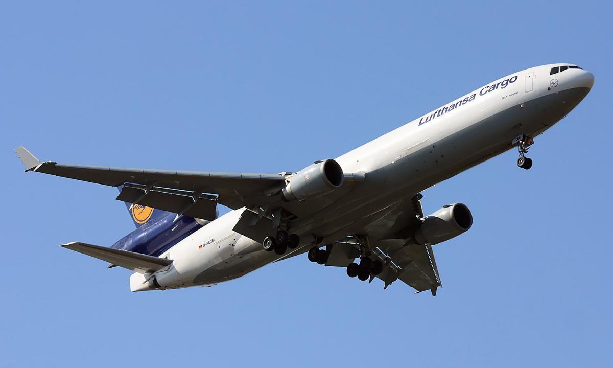Lufthansa_Cargo_MD_11.jpg