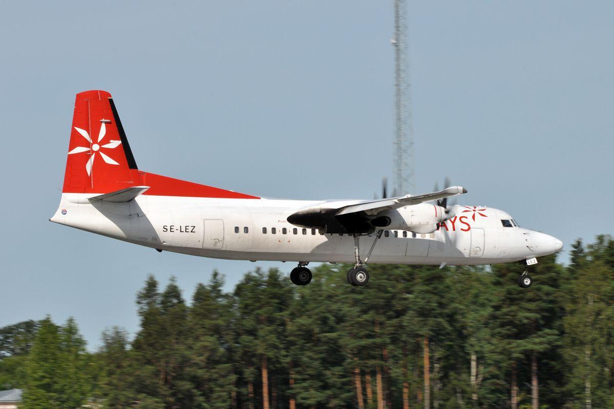 SE-LEZ Skyways Fokker F50 - cn 20128.jpg