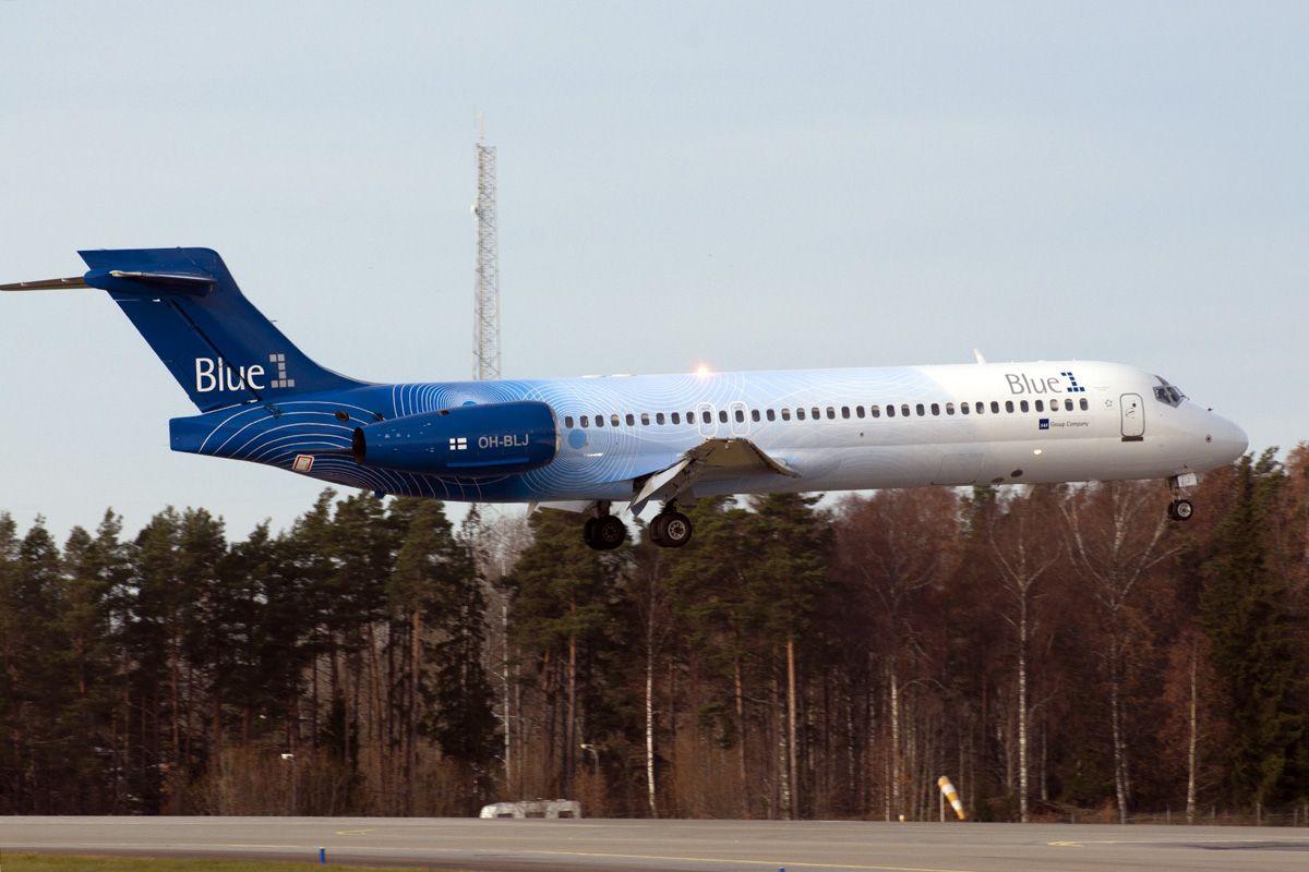 Blue1 Boeing 717-23S OH-BLJ (msn 55065)2.jpg