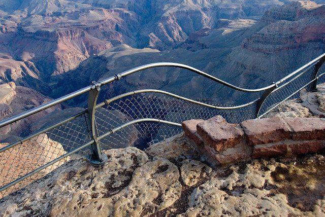 grand_canyon_railing_021407.jpg