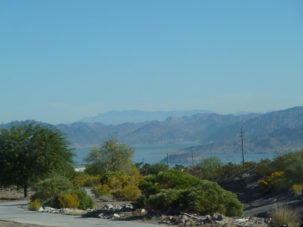 Near Hoover Dam.JPG