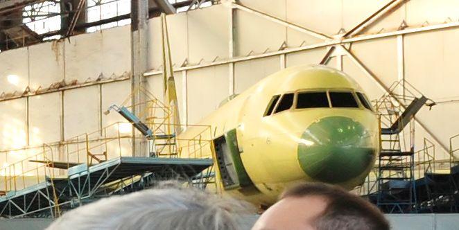 Tu-214R_RA-64514_1.jpg