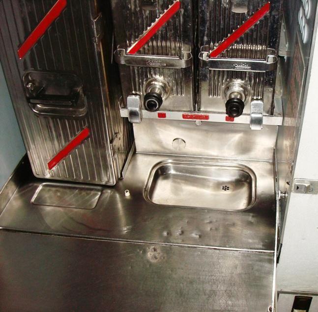 кухня передняя мойка - копия.JPG