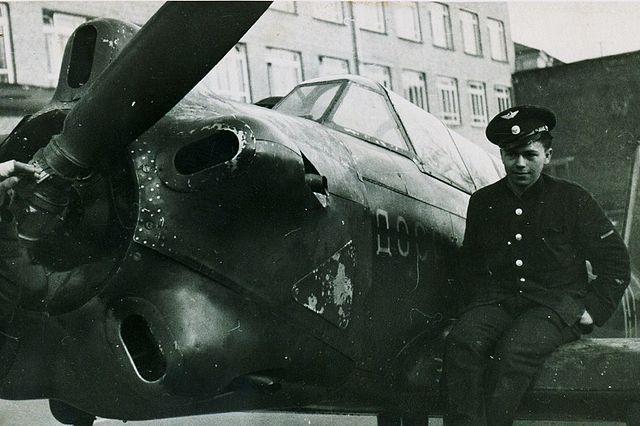 Як-18.jpg