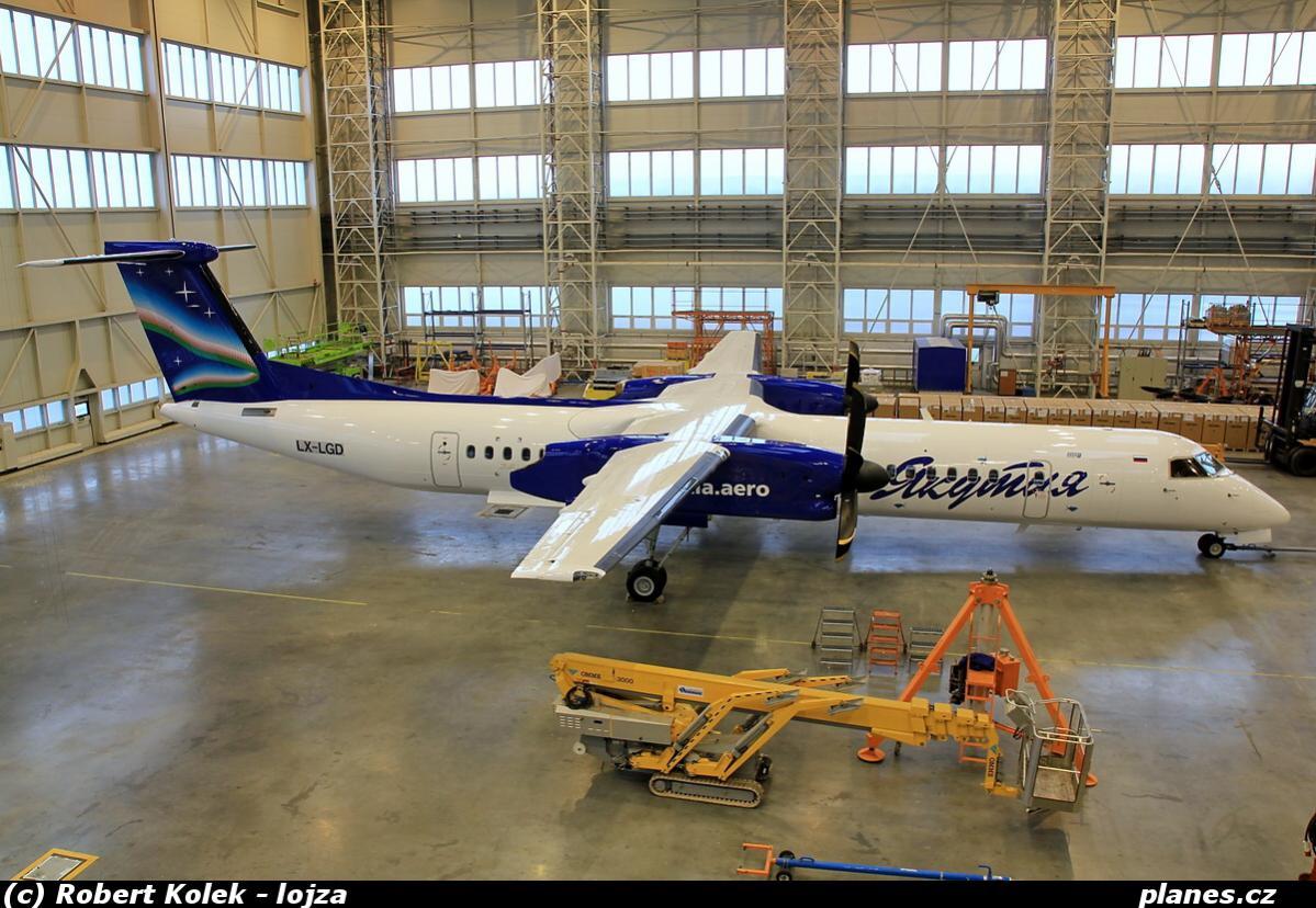 dhc8q-402-lx-lgd-yakutia-airlines-syl-r3-ostrava-osr-lkmt.jpg